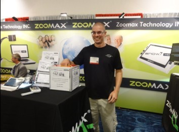 CSUN 2014 exhibition visitors win Zoomax low vision products