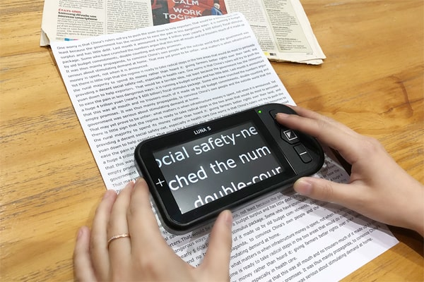 Luna S Electronic Video Magnifier For Low Vision - Reading Newspaper